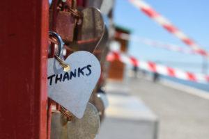 Dankbarkeit - Herz mit dem Wort THANKS
